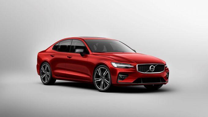 Richiamo Volvo: il duemila diesel a rischio incendio