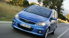 Opel Astra e Zafira OPC - Immagine: 9