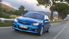 Opel Astra e Zafira OPC - Immagine: 17