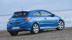 Opel Astra e Zafira OPC - Immagine: 27