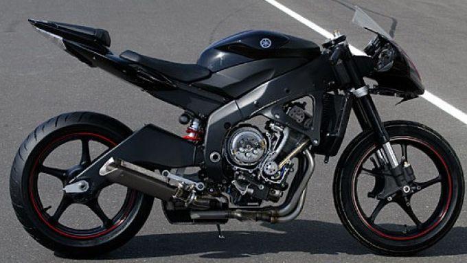 Immagine 2: Yamaha R6 2006