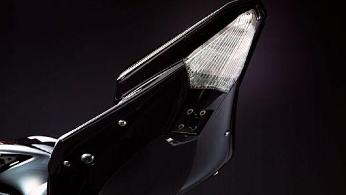 Immagine 14: Yamaha R6 2006