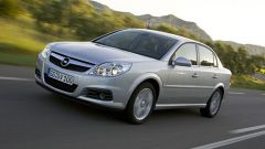 Opel Vectra e Signum 2006 - Immagine: 1