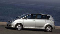 Toyota Corolla Verso 2.2 D-4D e D-CAT - Immagine: 17