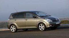 Toyota Corolla Verso 2.2 D-4D e D-CAT - Immagine: 20