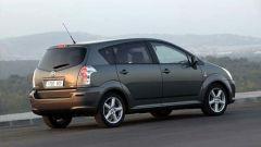 Toyota Corolla Verso 2.2 D-4D e D-CAT - Immagine: 21