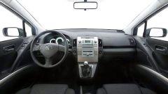 Toyota Corolla Verso 2.2 D-4D e D-CAT - Immagine: 22