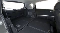 Toyota Corolla Verso 2.2 D-4D e D-CAT - Immagine: 26