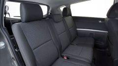 Toyota Corolla Verso 2.2 D-4D e D-CAT - Immagine: 28