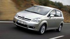Toyota Corolla Verso 2.2 D-4D e D-CAT - Immagine: 9
