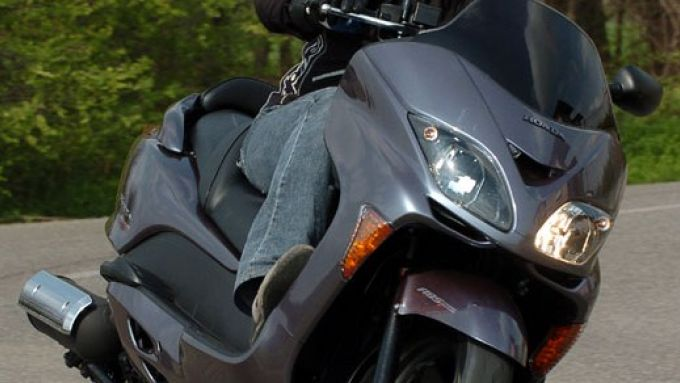 Immagine 9: Honda Forza 250