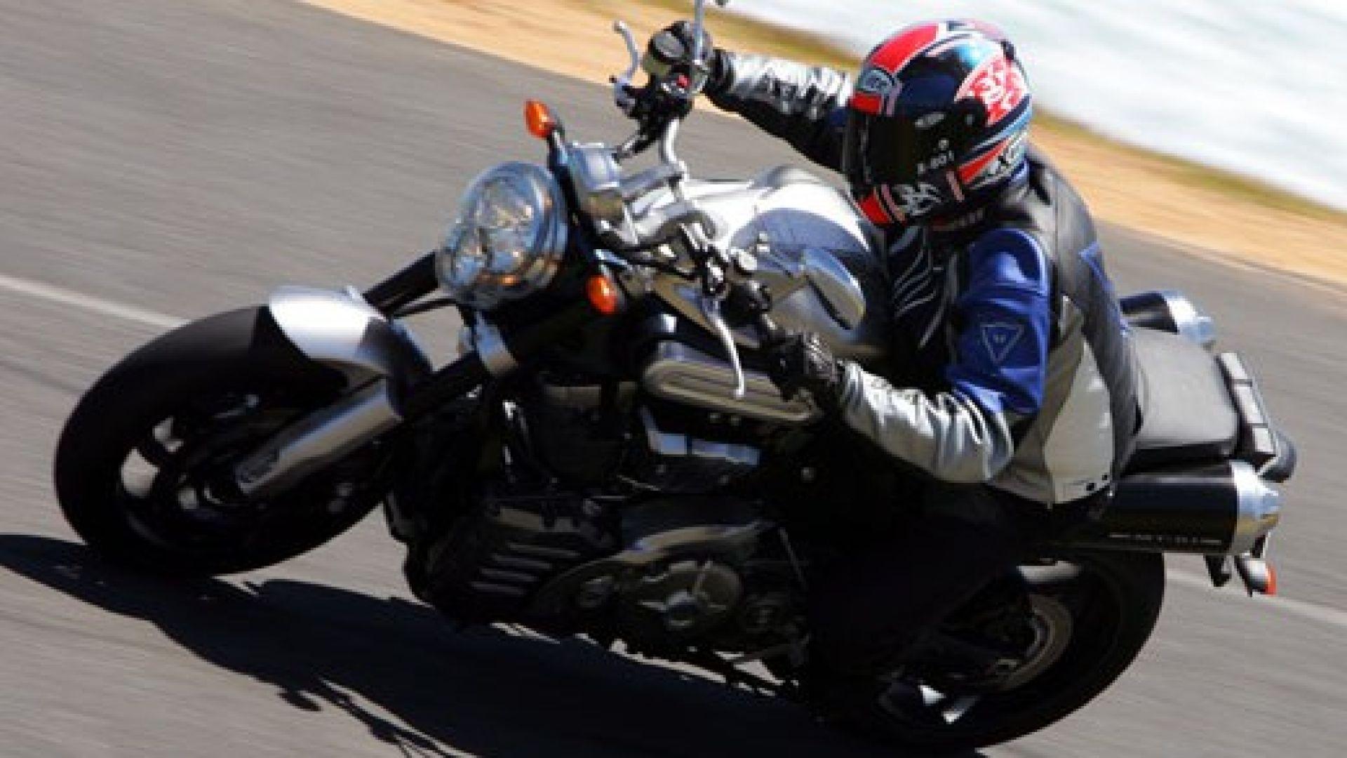 Immagine 10: Yamaha MT-01