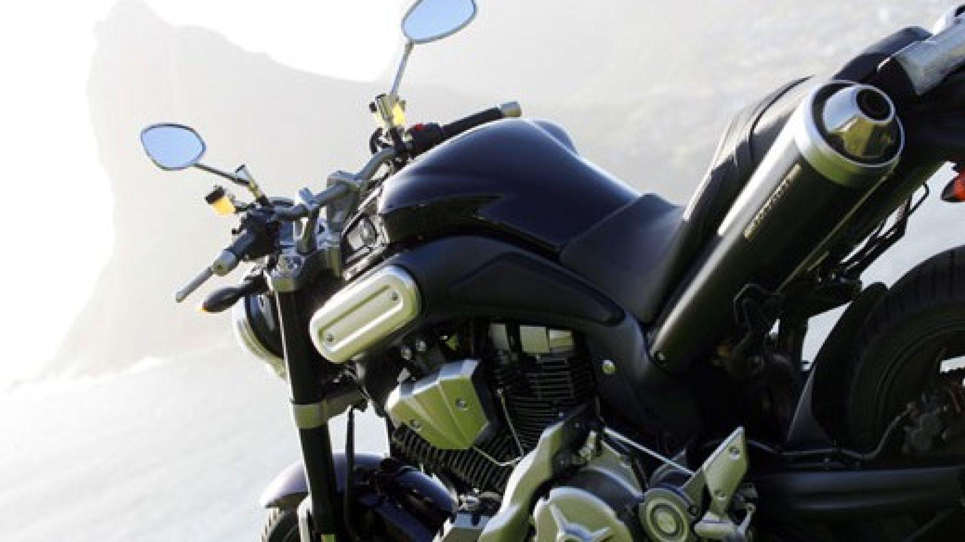 Immagine 19: Yamaha MT-01