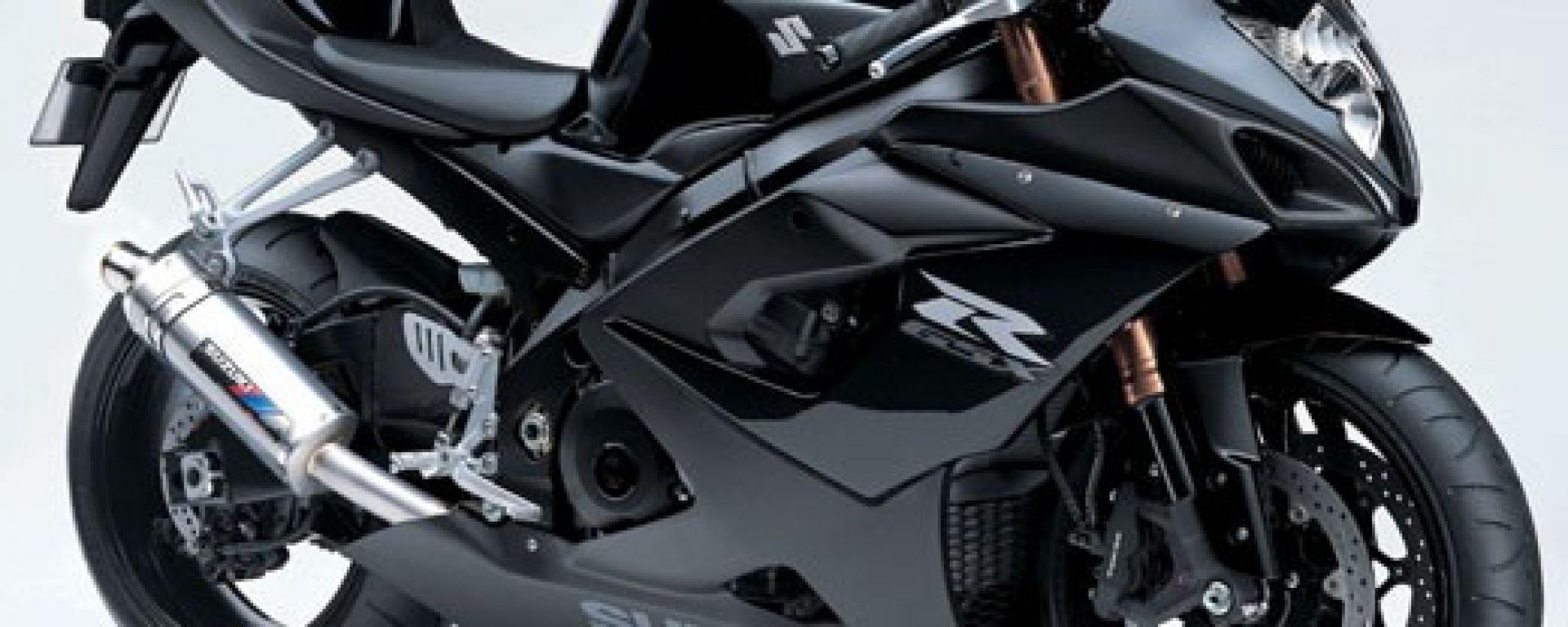SUZUKI: tutta nera la GSX-R 1000