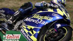 Moto GP 2005: tutti contro Vale - Immagine: 2