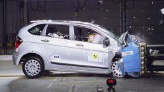 CRASH TEST: Peugeot 1007-Suzuki Swift-Honda FR-V - Immagine: 1