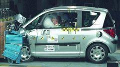 CRASH TEST: Peugeot 1007-Suzuki Swift-Honda FR-V - Immagine: 4