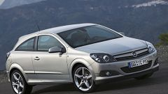 Opel Astra GTC - Immagine: 2