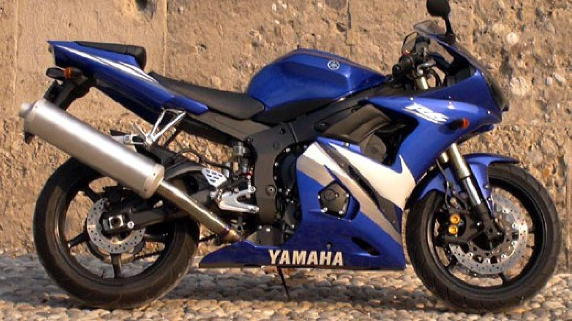 Immagine 30: Yamaha R6 '05