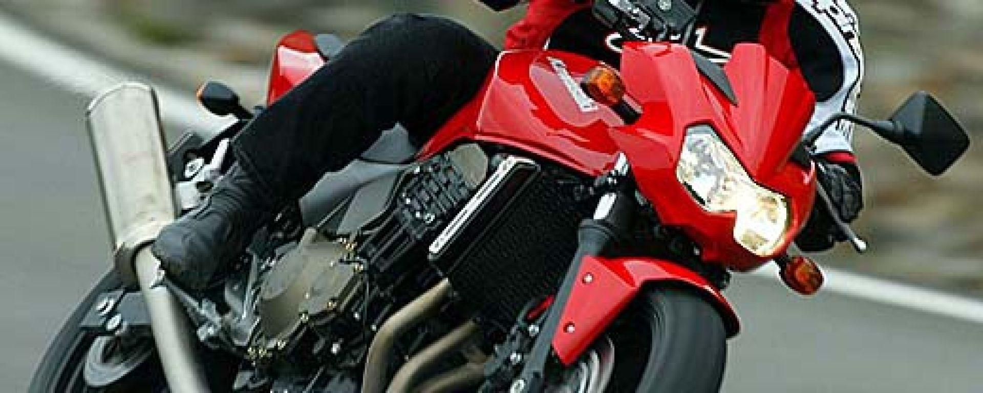 MERCATO MOTO: la moto corre, il 50 crolla
