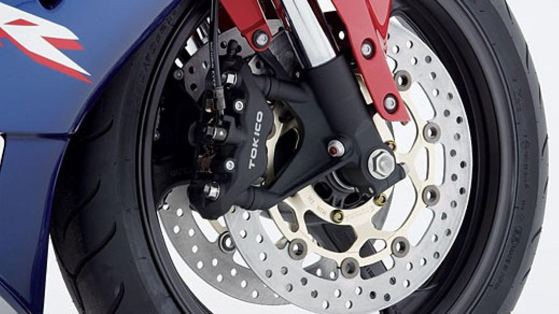 Immagine 16: Honda CBR 600 RR 2005