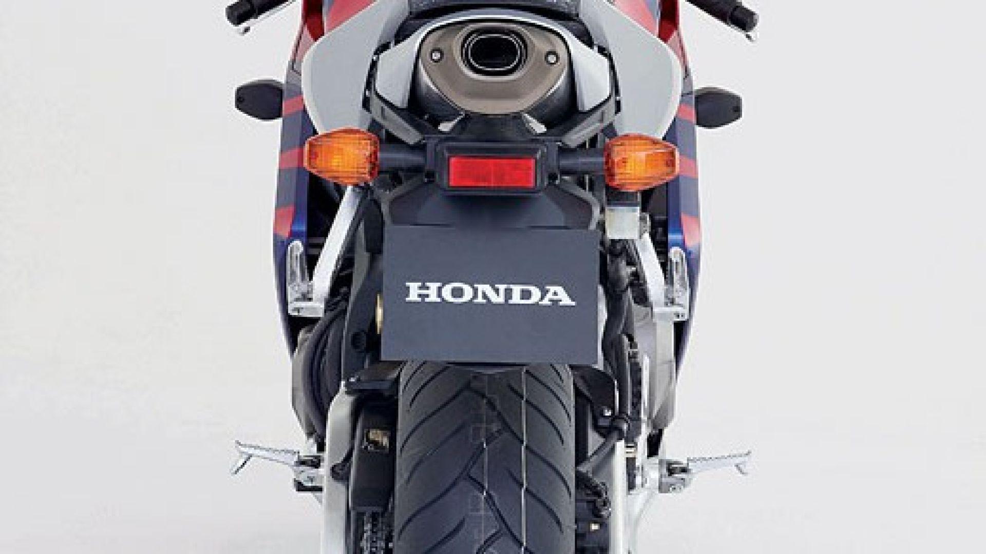 Immagine 3: Honda CBR 600 RR 2005