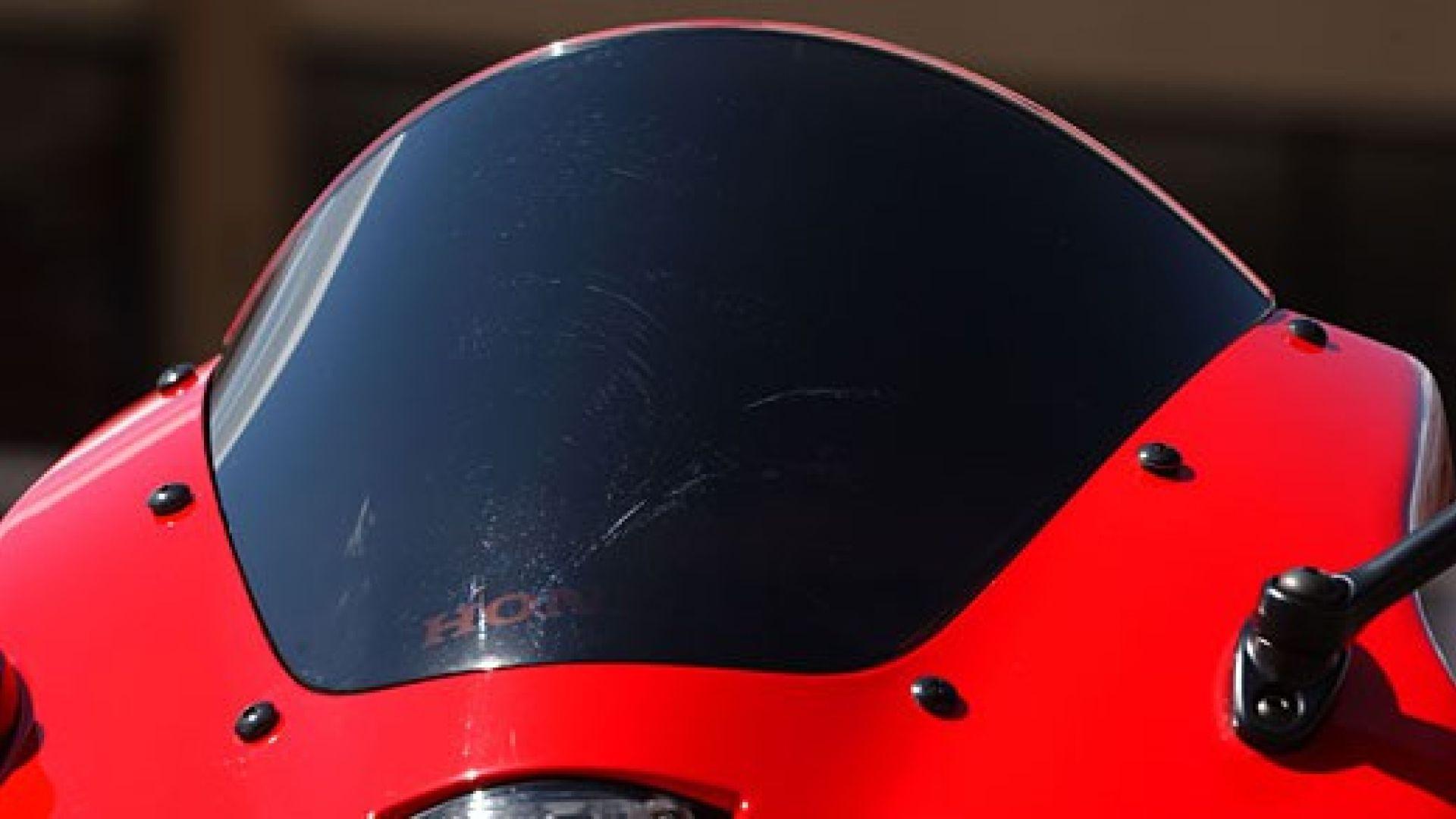 Immagine 5: Honda CBR 600 RR 2005