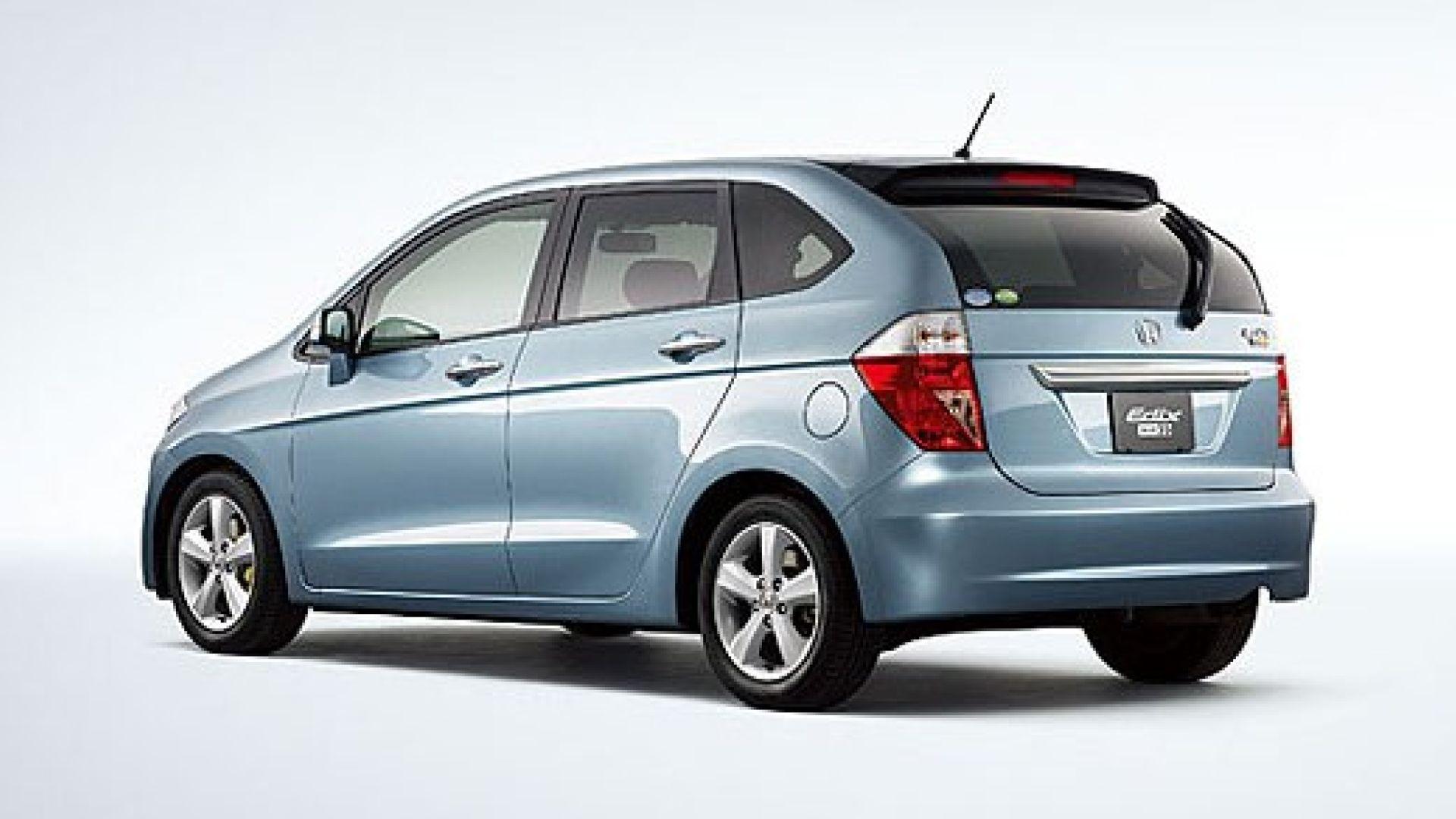 Immagine 8: Honda FR-V