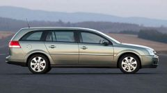 Opel Signum e Vectra 1.9 CDTI - Immagine: 17