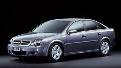 Opel Signum e Vectra 1.9 CDTI - Immagine: 24