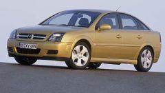 Opel Signum e Vectra 1.9 CDTI - Immagine: 3
