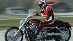 Harley V-Rod: a gas aperto - Immagine: 12