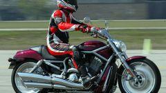 Harley V-Rod: a gas aperto - Immagine: 10
