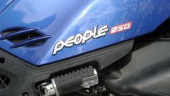 In sella: Kymco People 250 - Immagine: 14