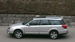 Subaru Legacy e Outback 3.0R - Immagine: 13