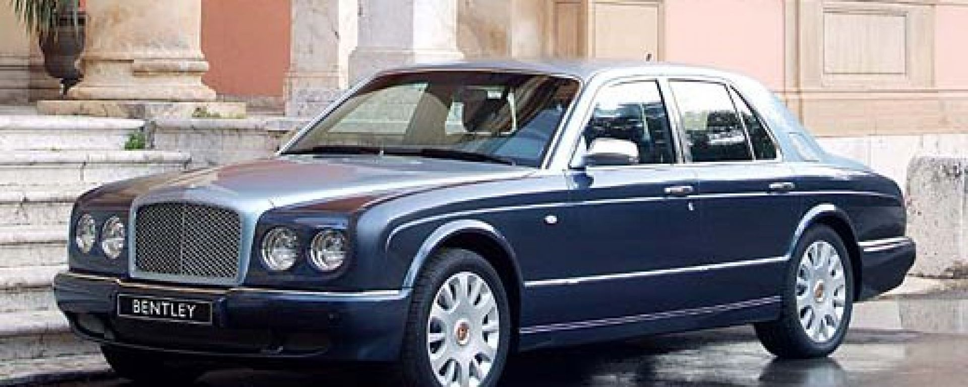 Anteprima: Bentley Arnage '05