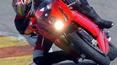 In sella a: Ducati 749R - Immagine: 4