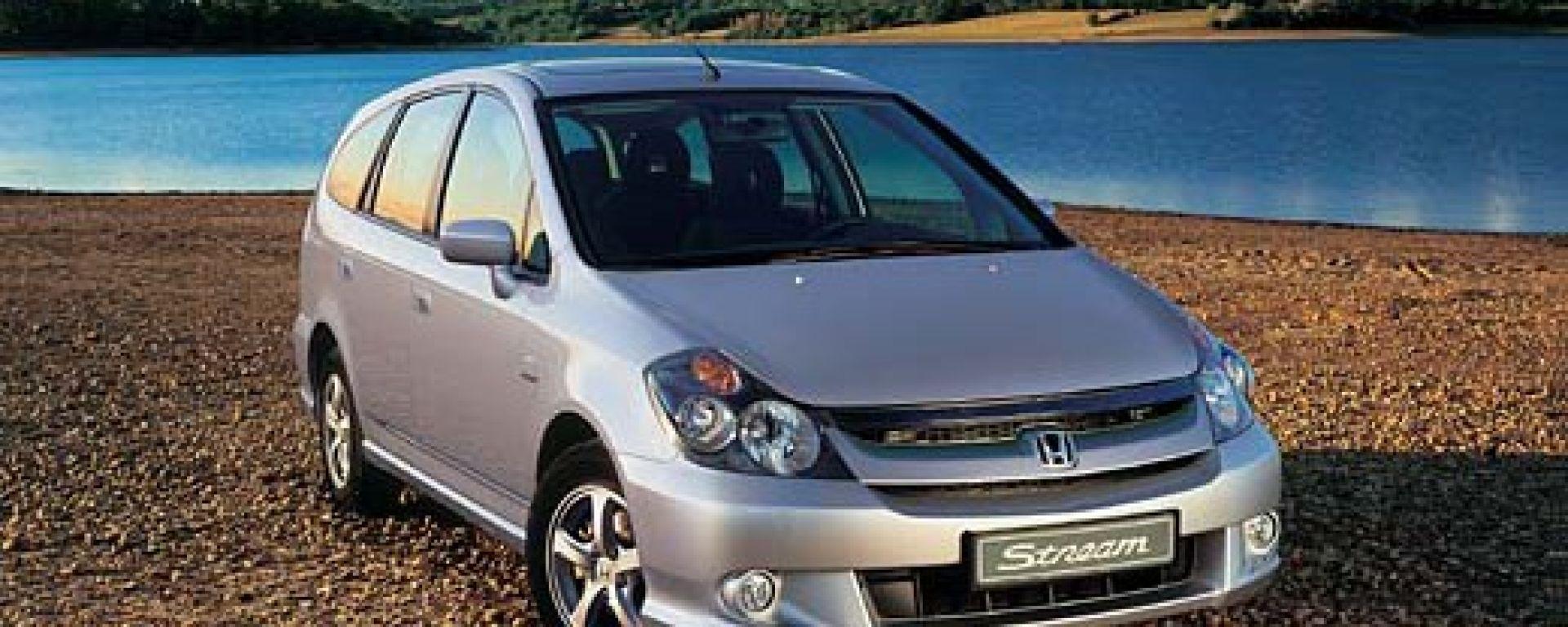 Anteprima: Honda Stream 2004