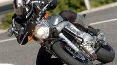 In sella a: Yamaha FZ6 - Immagine: 23