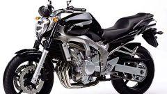 In sella a: Yamaha FZ6 - Immagine: 16