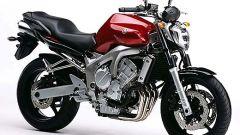In sella a: Yamaha FZ6 - Immagine: 2