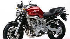 In sella a: Yamaha FZ6 - Immagine: 3