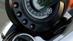 In sella a: Yamaha FZ6 - Immagine: 9