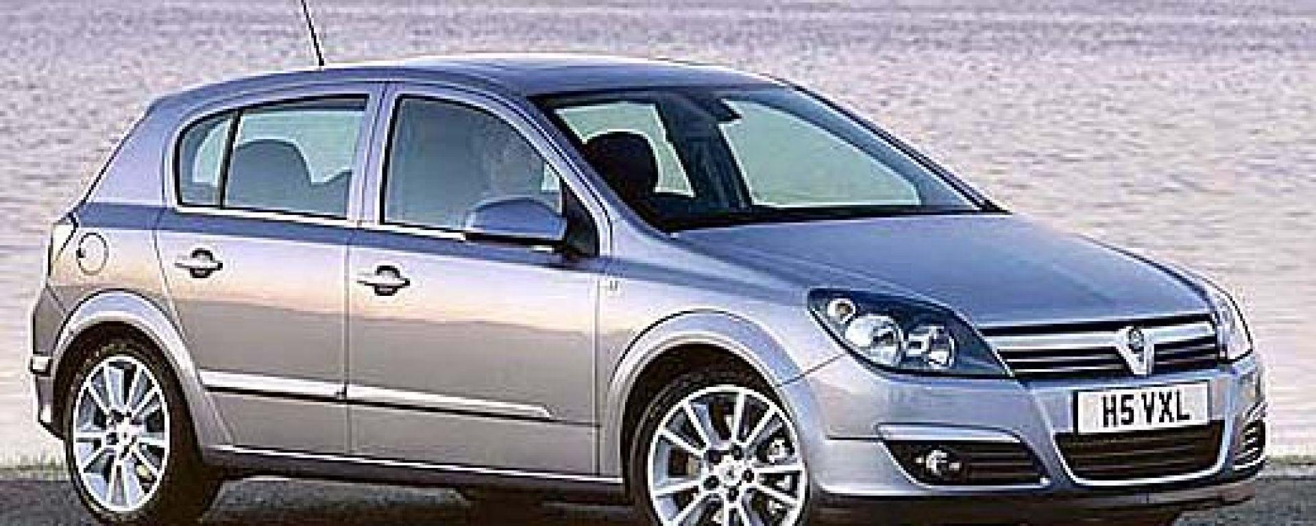 Opel Astra: ecco i prezzi