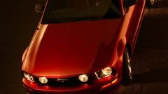 Anteprima: Ford Mustang 2005 - Immagine: 32