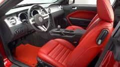 Anteprima: Ford Mustang 2005 - Immagine: 4