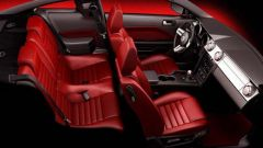 Anteprima: Ford Mustang 2005 - Immagine: 2