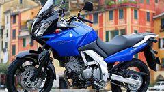 In sella a: Suzuki V-Strom 650 - Immagine: 18