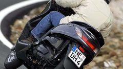 In sella a: Yamaha Majesty 400 - Immagine: 35
