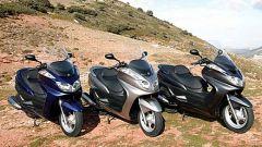 In sella a: Yamaha Majesty 400 - Immagine: 41